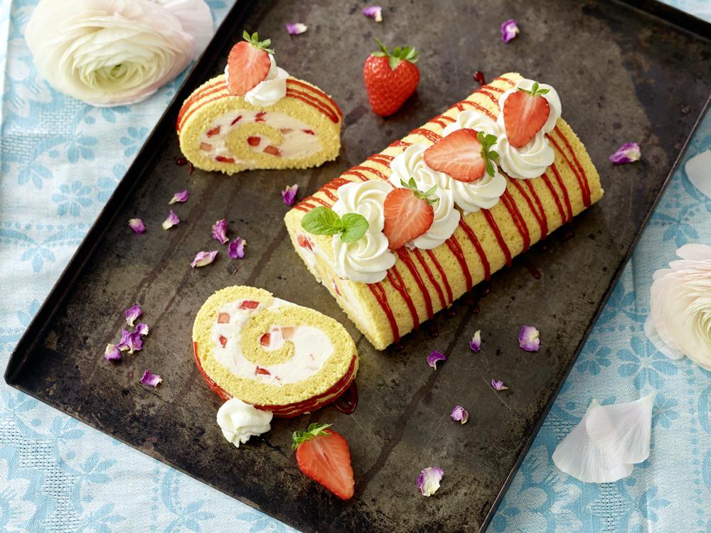 Roulade mit Erdbeeren